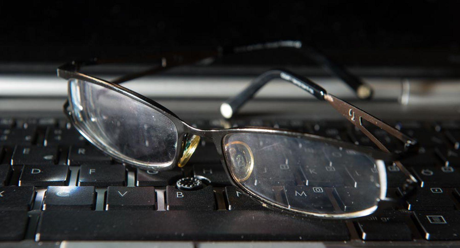 Miks lähevad prilliklaasid ruttu rasvaseks?